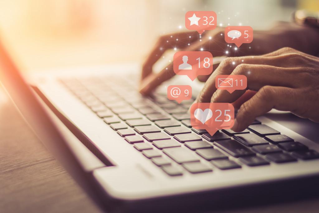 Réseaux sociaux - Facebook Ads